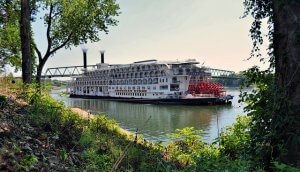 The best authentic Mississippi River cruise